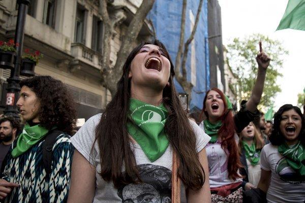 En Bariloche ya marchan por el Día Internacional de la Mujer Trabajadora